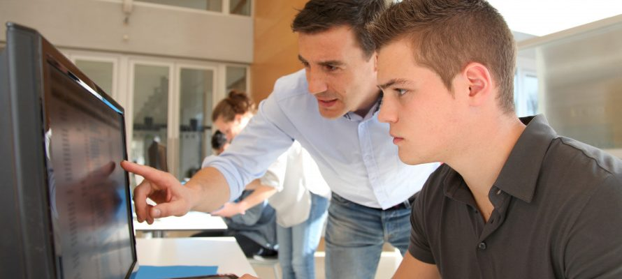 Etudiants : l'importance de travailler durant les études